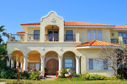 The history tradition of south florida luxury homes ccm for Prefab mediterranean style homes