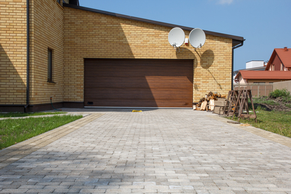 CCM uses pavers for custom paving in South Florida