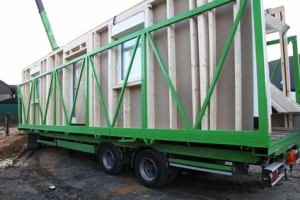 Delivery of prefabricated wooden house