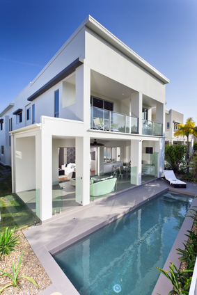 What luxury home building in South Florida results in